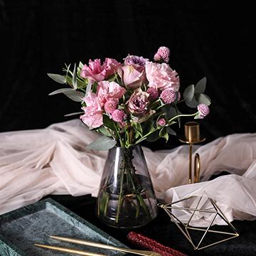长长久久-2支粉桔梗+2支粉色康乃馨+2支紫玫瑰(送花瓶)