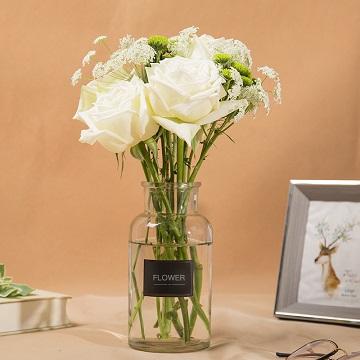 后青春-白玫瑰+小雏菊 混搭(送花瓶)