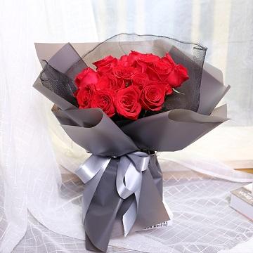 就是赖上你-19朵红玫瑰花束