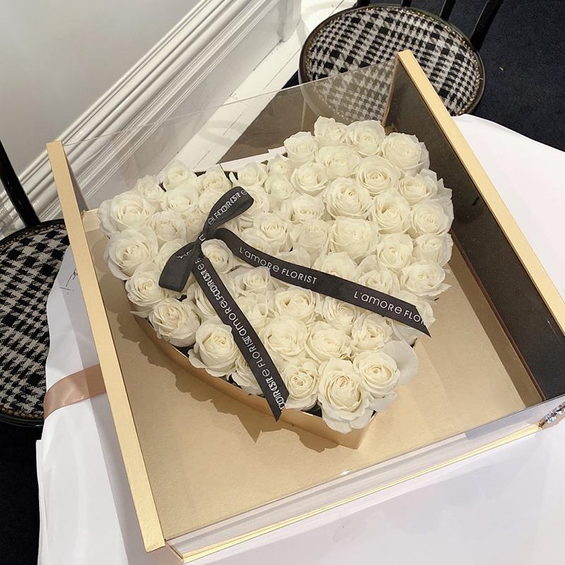 爱在心间-66朵白玫瑰