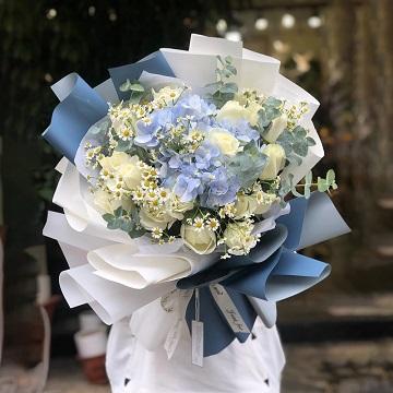 暗香掠影-白玫瑰+绣球韩式混搭