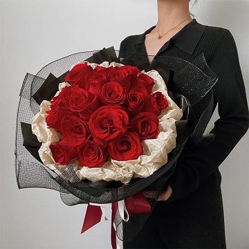 金风玉露-19朵红玫瑰花束